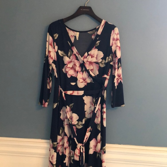 db0fb456a6c Hello MIZ Dresses   Skirts - Long navy blue maternity dress